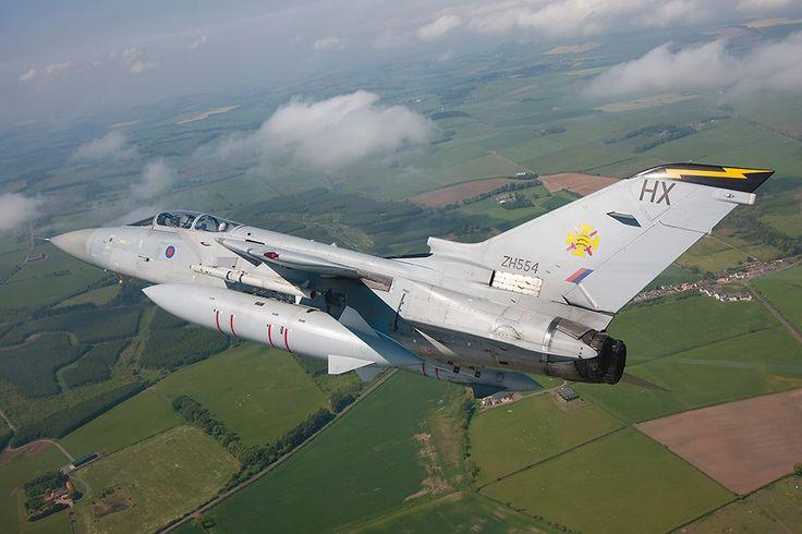 111 Sqn RAF LEUCHARS TORNADO F3