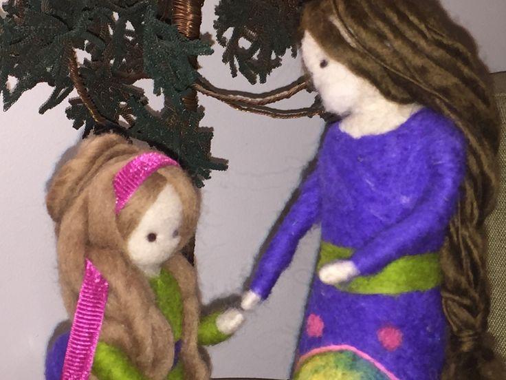 Taller arteJawi. Madre e hija confeccionadas en Lana natural. artejawi@gmail.com