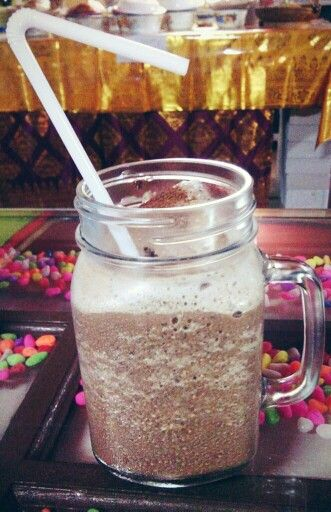 Ice cappuccino khas Warung Nasi PEDESSS Tuturipah, Jl. Arteri Pd. Indah Komplek Kodam P17 (samping BRI) Jakarta Selatan