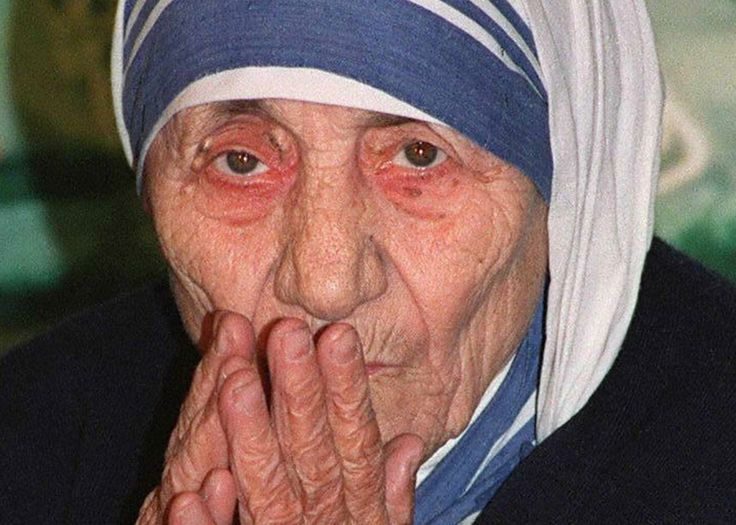 """In 2003, Pope John Paul II approved the beatification of Mother Teresa. At the time, Christopher Hitchens called Mother Teresa """"a fanatic, a fundamentalist"""