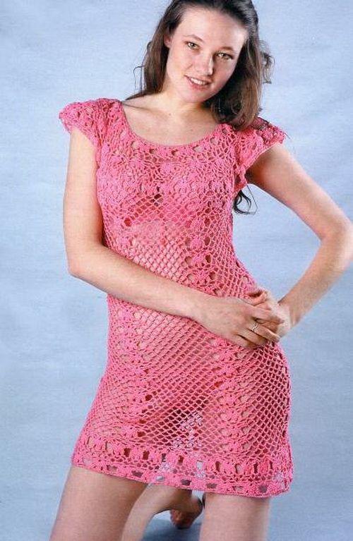 Узнайте как связать крючком пляжное платье как у голливудских звезд. Красивое пляжное платье крючком с ажурным узором в гавайском стиле.