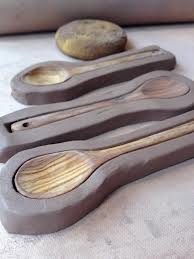 Jeanette Manchester Harris: spoons  Good idea and easy to execute
