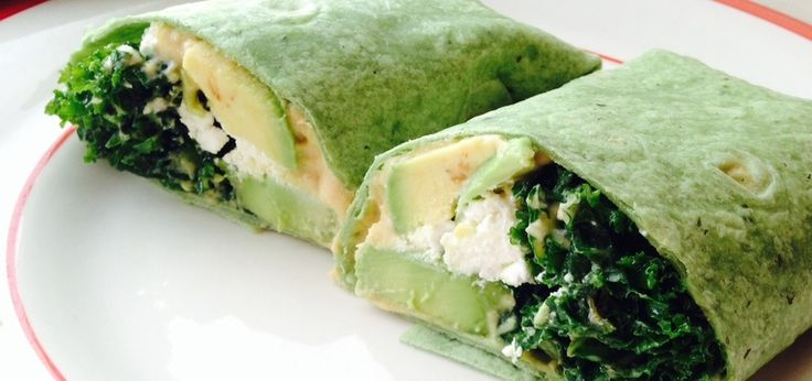 The Perfect Weekday Lunch: Kale Avocado Wrap