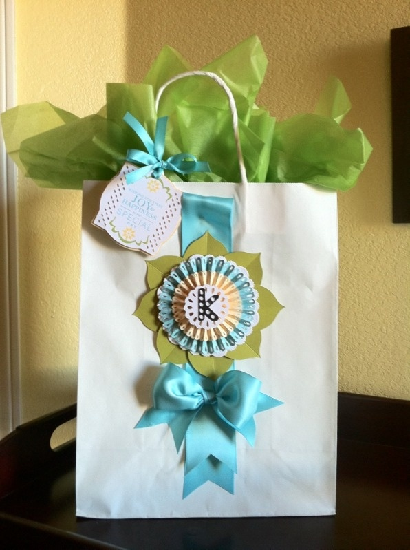 Fancy Up Plain Gift Bag Craft Ideas Bags Gifts Decorated Gift Bags