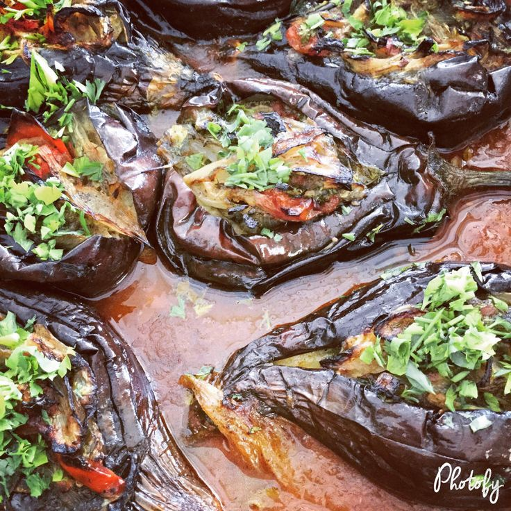 Imam Baildi, Summer Greek dish with eggplants and caramelised onions