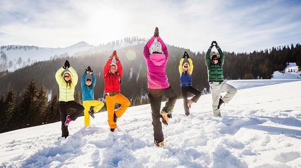 Ma Yoga sulla neve l'avete mai provato? Leggete dove e come è possibile provarlo nel nuovo post