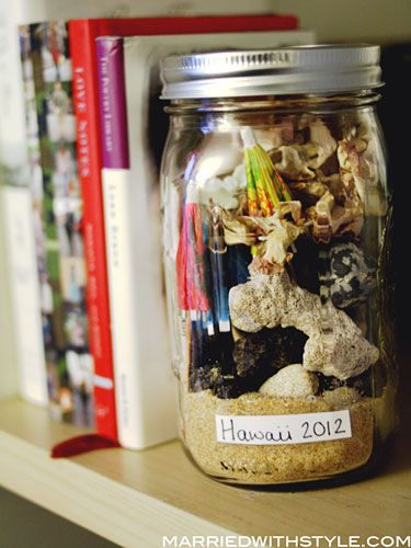 Fun and easy craft idea: Package up souvenirs from your vacation and turn them into memory-filled mason jars. #diy #crafts #masonjars