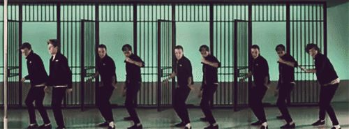 The SHIMMYYYYYYY (GIF)  I love how there are three sets of Liam and Zayn