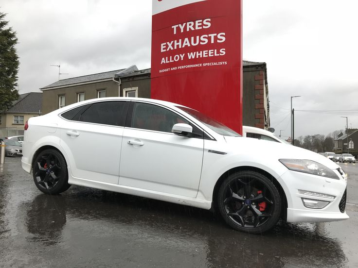 Stunning Mondeo with newly refurbished wheels, painted hubs and brake calipers all done in only 2 days. Much improved on the silver wheels and rusty brakes.  It's time to get your motor booked in for its summer tidy up! 028 3834 3724
