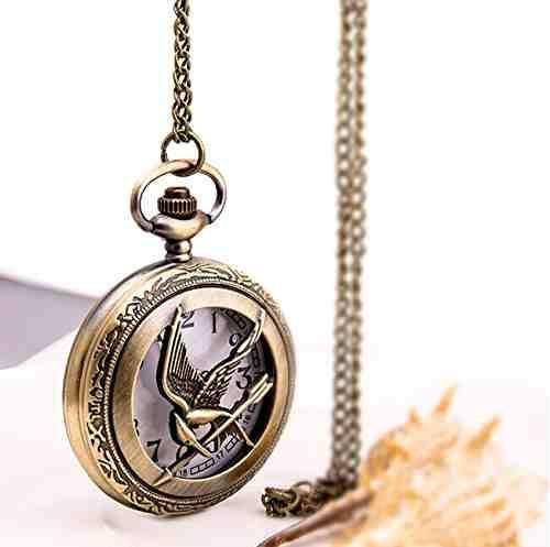 retro Quartz pocket watch with Chain New wholesale fashion pocket watch New Antique Pierced Hunger Games