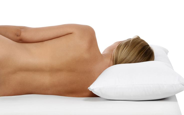Proper Spine Alignment -  Many of us simply accept the limitations of innerspring mattresses, particularly pressure points at the shoulders and hips, as a result of a mattress that is too firm. This problem is particularly important for side sleepers, as pressure points are generally accompanied by improper alignment of the spine. Pressure points indicate that your shoulders and hips are being forced upwards, which creates a bow in your spine, very often accompanied by lower back pain.