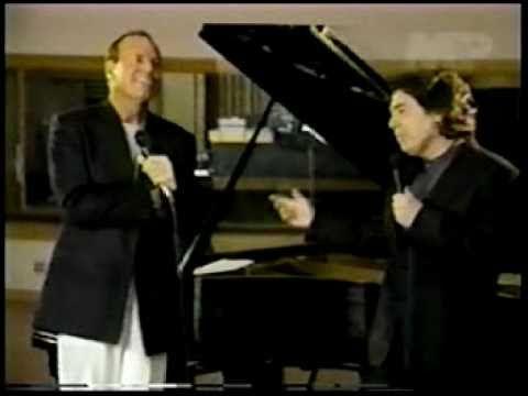 "RAPHAEL & Julio Iglesias a duo ""Somos""- www.raphaelfans.com"