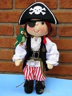 Un muñeco pirata en tela, bonito y original pirata con parche y loro. Patrón gratis