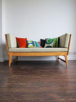 Best 25 Retro Sofa Ideas On Pinterest Retro Couch