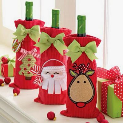 holiday wine bags... next christmas craft!