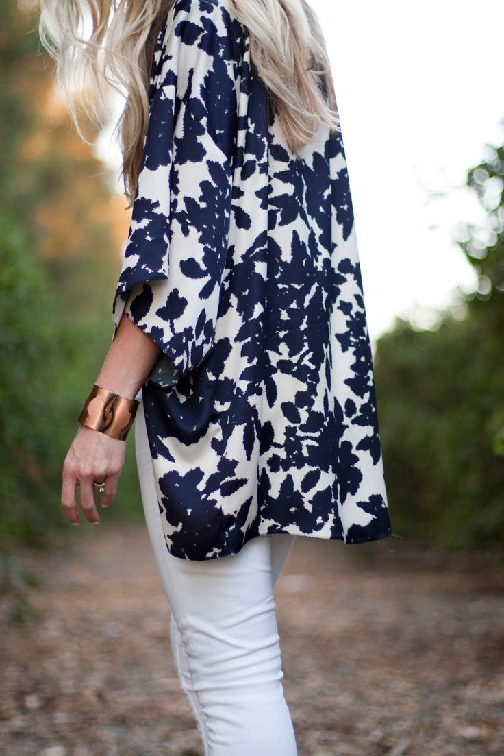 Pretty kimono - style cardigan adds a breezy extra layer for unpredictable weather in the spring