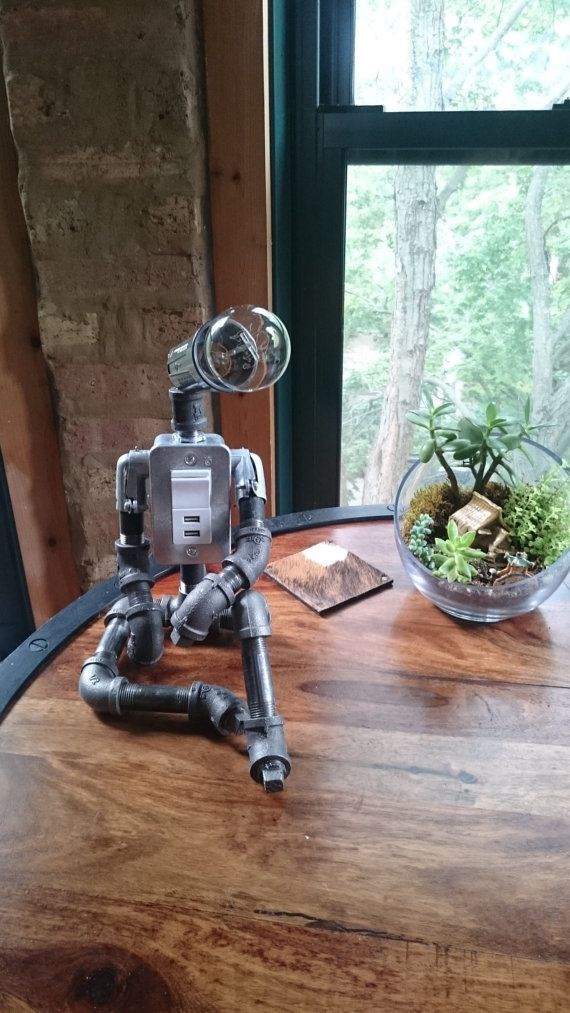 Estudio Buddy USB Industrial Robot lámpara por AnglerfishLighting