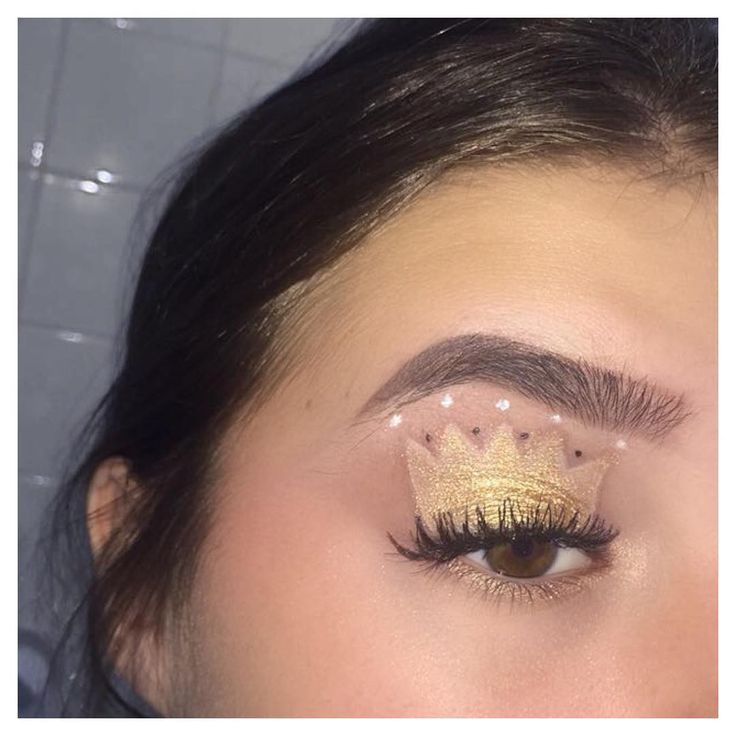 princess look���� first time trying this so wasn't the best�� ~~ #bbloggers #beautyblogger #makeupblogger #beautyaddict #beautyguru #beauty #makeup #lipstick #foundation #eyeliner #nyx #fotd #uk #sleek #highlight #falselashes #morphe #morphebabes #bretmansvanity #wakeupandmakeup #like4like #eyebrows #feauturemuas #mua #makeupartist #mue #makeupartistry #itsmylookbook #undiscovered_muas http://ameritrustshield.com/ipost/1550038333559590213/?code=BWC16bkDs1F