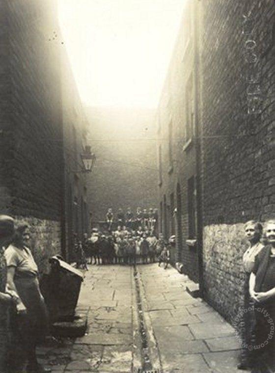 Liverpool, streets, liverpool-l3-4-court-bancroft-street-1934