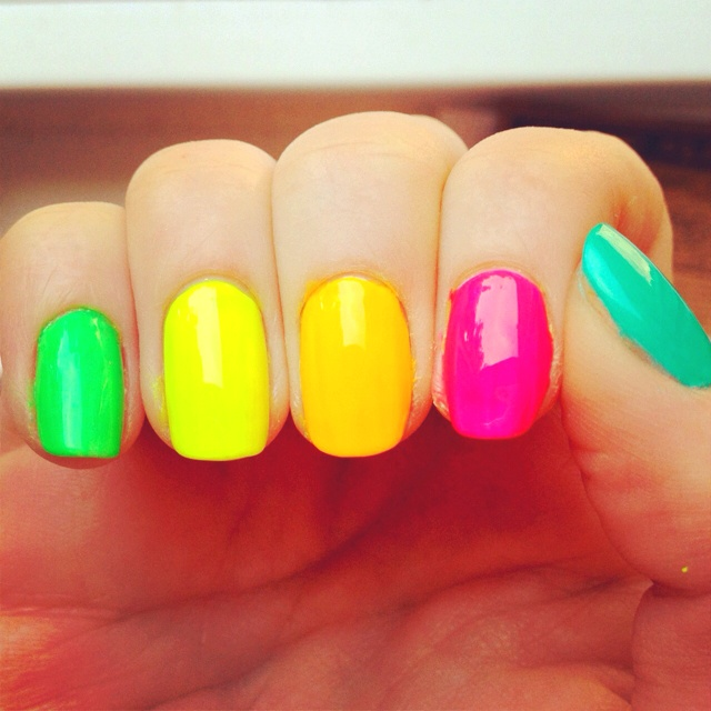 80s nails