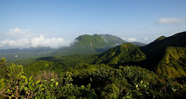 Montagnes sur l'île de la Dominique © Discover Dominica Authority