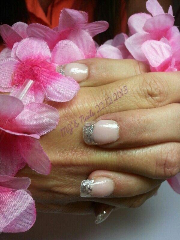 Silver glitter tip