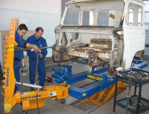 Oprava vozů Iveco a Avia