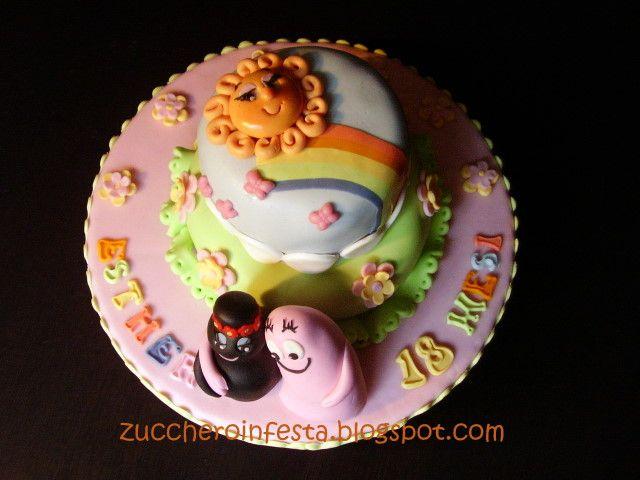 Come realizzare una torta a piani ricoperta in pasta di zucchero - Decorazioni per dolci Dolci Aiuti blog