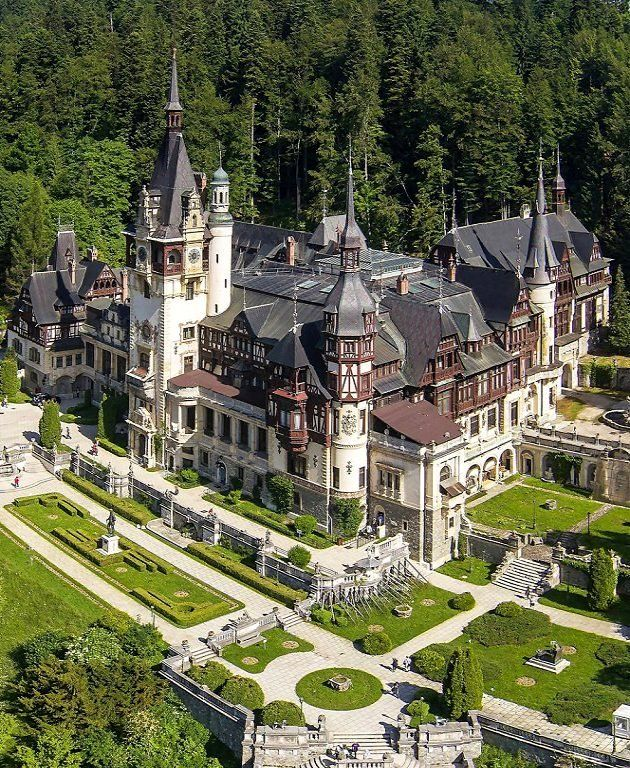 Peleș Castle, Carpathian Mountains, Romania