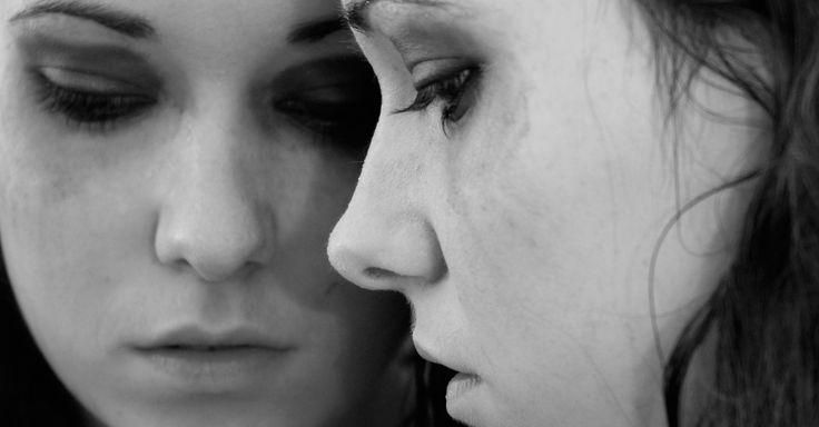 Terapia trabalha com movimento dos olhos para tratar de traumas a medo de avião