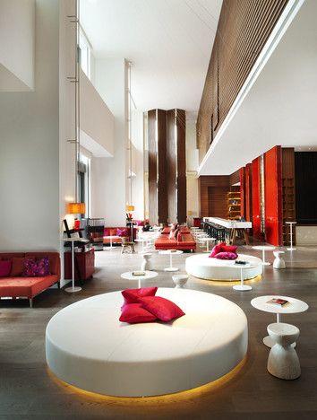 5 star luxury W Hotel in Taipei   YES  EN   2011,,,,,LOVE,,,,**+