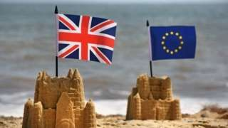 A group of major business lobby groups has written an open letter urging the government to preserve barrier free trade with Europe. The letter is signed by leaders of the CBI and manufacturers' body the EEF. It says the way in which the UK leaves the EU and on what terms is critical for jobs and investment in the UK.  It says defaulting to