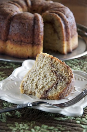 Amish Cinnamon Streusel Friendship Bundt ~ OMGosh this is a lot of work but mmmmm sounds so good!! Want to make for my mom, sisters, and daughters.