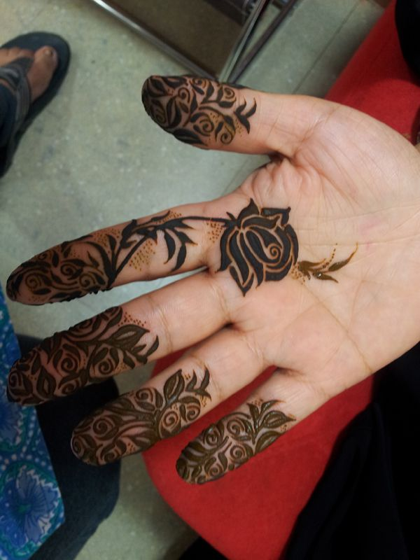 Beautiful Henna Design Centre