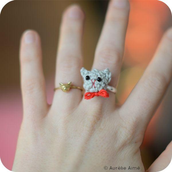 Crochet cat ring on my blog!