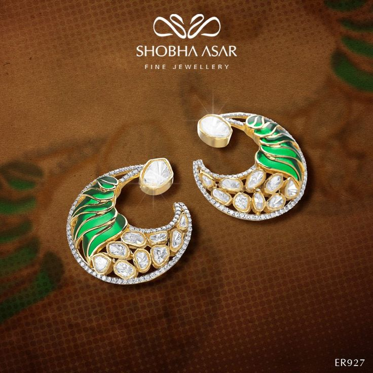 A #gift she'll always #remember #ShobhaAsarJewellery #ShobhaAsar #earrings #emeralds #uncutdiamonds #diamonds