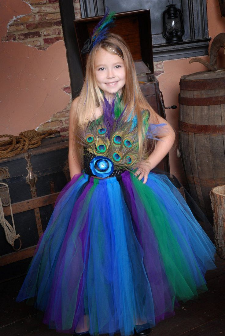 déguisement Halloween fille et costume de princesse avec tutu en bleu, vert et…