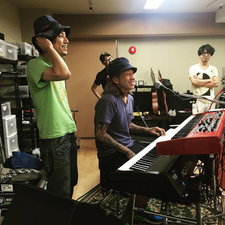 降谷建志リハ( ^ω^ ) タケシ君が鍵盤弾いてます笑