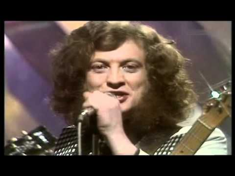 ▶ Slade - Merry Christmas Everybody 1974 - YouTube