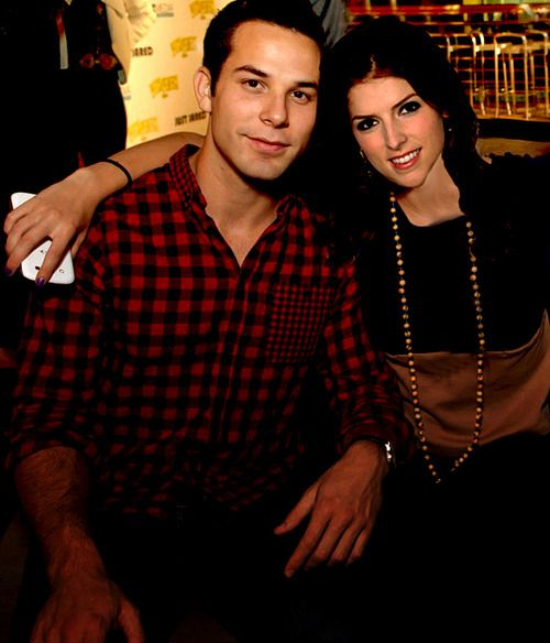 "Skylar Astin and Anna Kendrick from ""Pitch Perfect"". This is my new ""Bring it On""!"