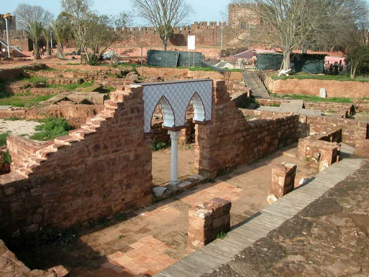 Arabic heritage: the horseshoe arches in the Castle of Silves, Portugal