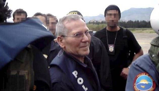 "Fallece Bernardo Provenzano, antiguo ""jefe de jefes"" de la mafia siciliana  ... - http://www.vistoenlosperiodicos.com/fallece-bernardo-provenzano-antiguo-jefe-de-jefes-de-la-mafia-siciliana/"