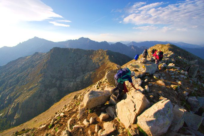 The world's best multi-day treks without high altitudes