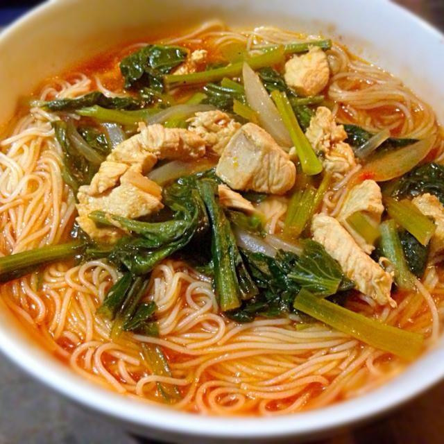 ラーメンではないですよ - 56件のもぐもぐ - 小松菜と鳥肉のトマトスープスパ by 純