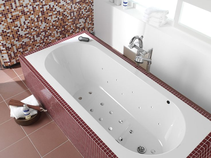 Ванны и поддоны Villeroy&Boch: Oberon #hogart_art #interiordesign #design #apartment #house #bathroom #furniture #VilleroyBoch #shower #sink #bathroomfurniture #bath #mirror