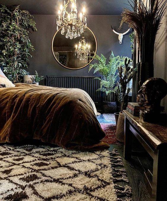 Stylish Bedroom, Modern Bedroom, Dark Cozy Bedroom, Bedroom Decor Dark, Bedroom Ideas, Dark Bedrooms, Dark Home Decor, Eclectic Bedrooms, Gothic Bedroom