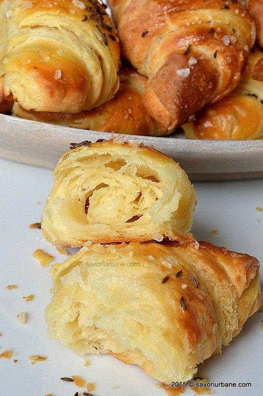 Cornuri sarate cu unt din aluat cu cartofi Savori Urbane (6)