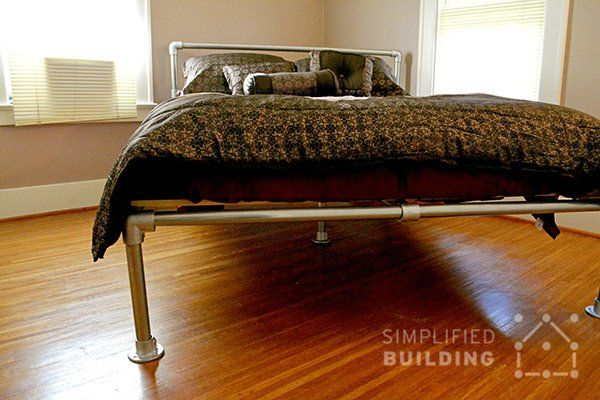 How to Build a Bed Frame: The Easy Way  #DIY #KeeKlamp #pipebed #bedframe