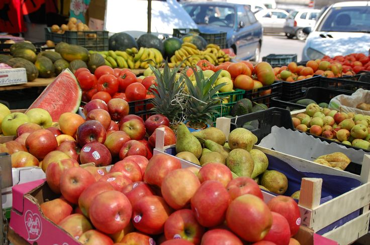 The market with tasty fruits