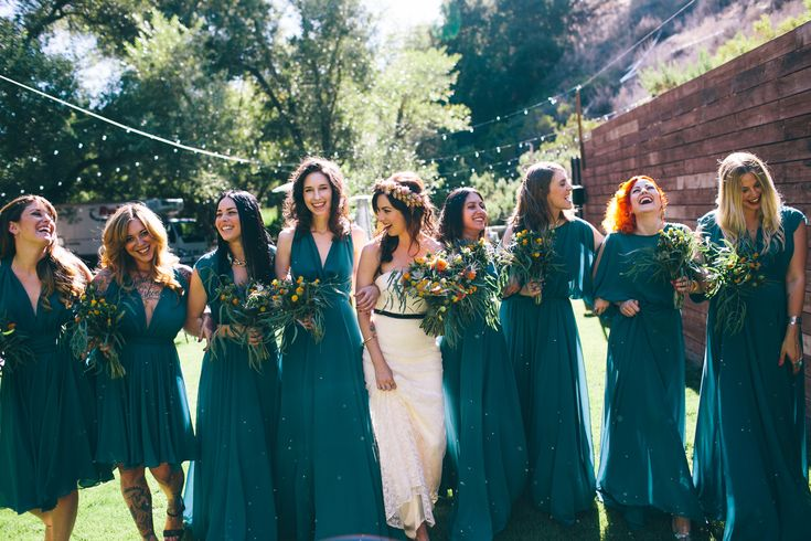 Teal bridesmaid dresses | 8 Fall Colors that Would Look Gorgeous on Your Bridesmaids - Bridestory Blog